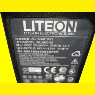 Netzteil/Ladegerät 19V 4,74 A für Laptop /Notebook NEU